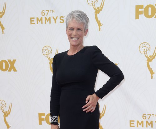 Jamie Lee Curtis talks famed 'Psycho' scene, motherhood