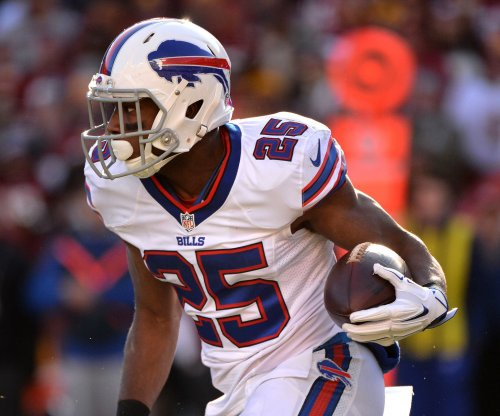Buffalo Bills RB LeSean McCoy sued by Philly police officer