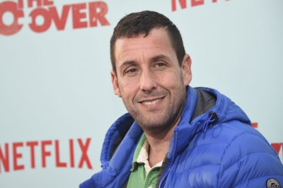 Adam Sandler to star in four more Neflix original movies
