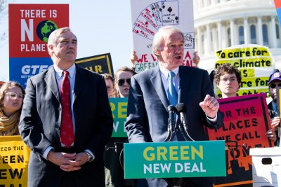 Senate stymies Green New Deal as Democrats protest 'sham' vote