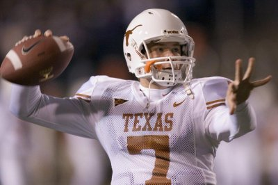 Ex-Ole Miss, Texas quarterback Jevan Snead dies at 32