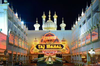 Workers strike at Trump Taj Mahal casino in Atlantic City