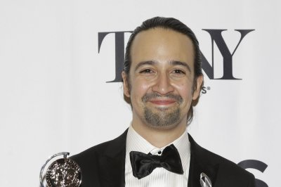 Lin-Manuel Miranda announces track list from 'Hamilton Mixtape'