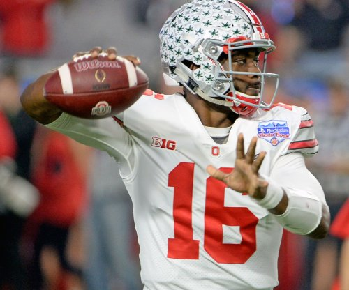 No. 13 Ohio State crushes No. 12 Michigan State