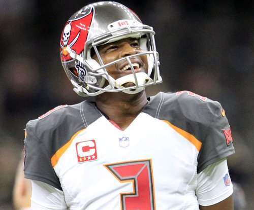 Jameis Winston: Tampa Bay Buccaneers expect QB to play again this season
