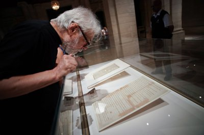 Declaration of Independence makes rare showing at NYC library