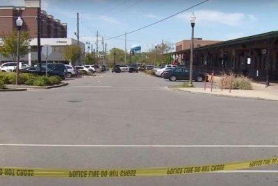 Police charge 2 in Alabama nightclub shooting that injured 5