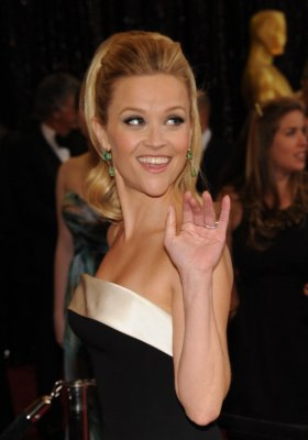 Reese Witherspoon married at SoCal ranch