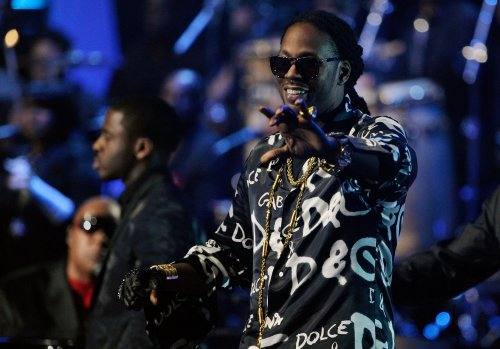 2 Chainz arrested in Baltimore pot bust; poses for photo with troopers