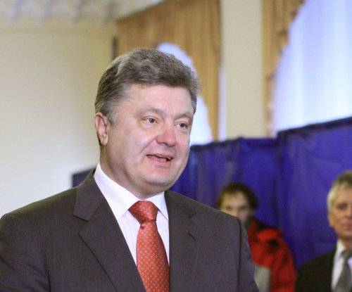Ukrainian president pleads for Russia to withdraw troops