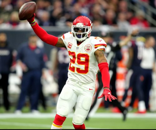 Kansas City Chiefs end playoff drought with convincing win