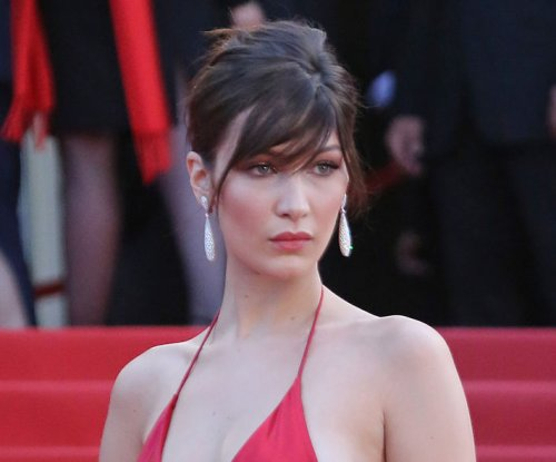 Bella Hadid posts photo of Lyme disease treatment: 'Everyday'