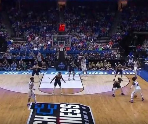 NCAA: Kansas blows past UC Davis