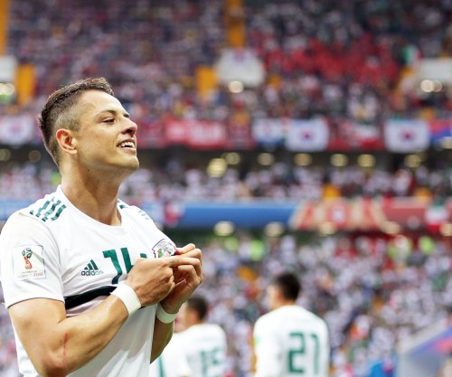 World Cup: Mexico beats South Korea 2-1