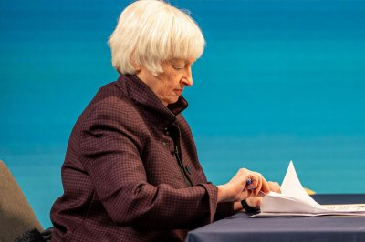 Yellen calls for global corporate tax rate in speech