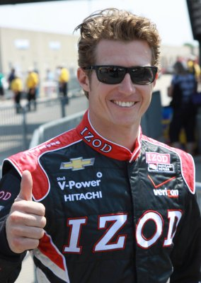 Briscoe bests Hinchcliffe for Indy pole