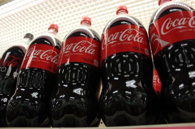 Coca-Cola company, other soda makers, pledge to cut calories