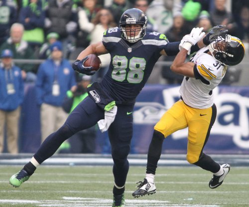 Seattle Seahawks' Jimmy Graham provides healthy option for Russell Wilson