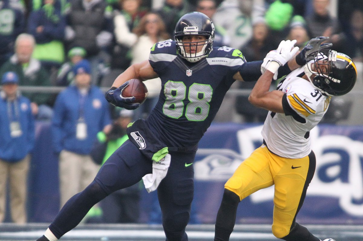 Seattle Seahawks Jimmy Graham provides healthy option for Russell