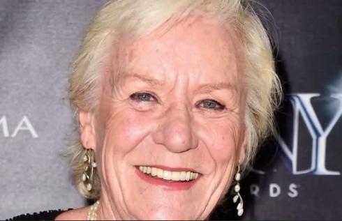 Barbara Tarbuck, 'General Hospital' star dies at 74