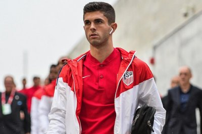 Christian Pulisic: USMNT star kicks off victory by deking Panama keeper