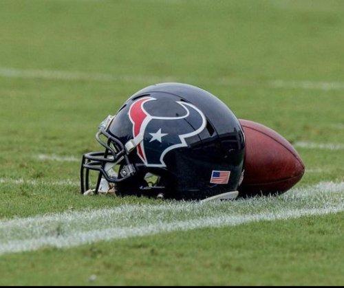 Report: Texans to cut OT Newton