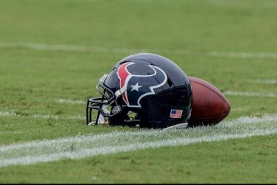 Report: Texans to cut OT Newton