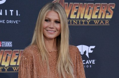 Gwyneth Paltrow marries Brad Falchuk in New York