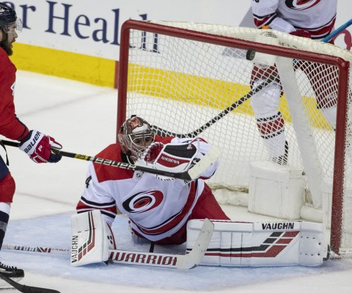 Carolina Hurricanes goalie Petr Mrazek likely out for Game 3 against Islanders