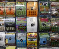 Missouri man wins $50,000 lottery prize, thanks to clerk's mix-up