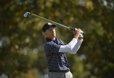 U.S. takes 10-6 Ryder Cup lead over Europe
