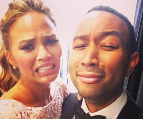 See the awkward crying face that made Chrissy Teigen go viral