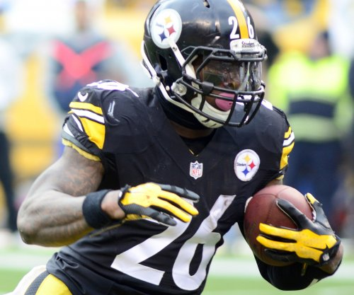 Le'Veon Bell rings up 236 rushing yards, 3 TDs as Pittsburgh Steelers top Buffalo Bills