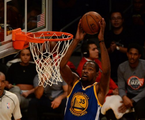 Kevin Durant tunes up for 2017 NBA playoffs with 29 points in Golden State Warriors' win