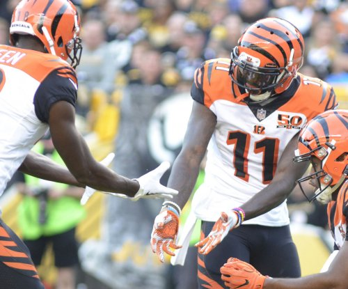 Cincinnati Bengals maintain a playoff pulse
