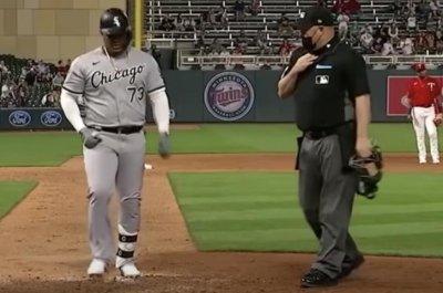 White Sox's Yermin Mercedes, 28, steps away from baseball