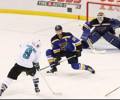 San Jose Sharks shut out St. Louis Blues, level West finals