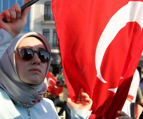 Turkey's Ministry of Education suspends 15,000, forces resignation of 1,500 university deans