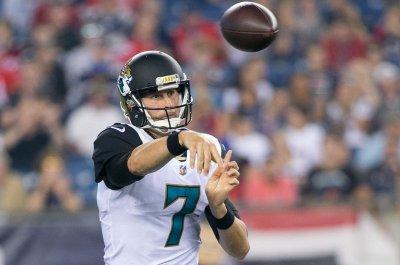 Jacksonville Jaguars name QB Chad Henne as starter versus Carolina Panthers