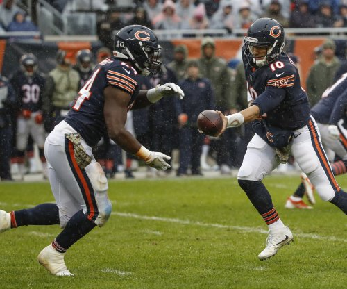 Bears RB Howard hopes Nagy can alter 'basic' offense