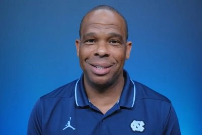 UNC hires Hubert Davis to replace Roy Williams as men's basketball coach