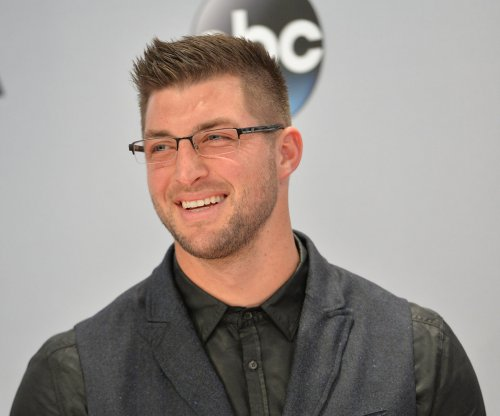 Philadelphia Eagles to sign Tim Tebow
