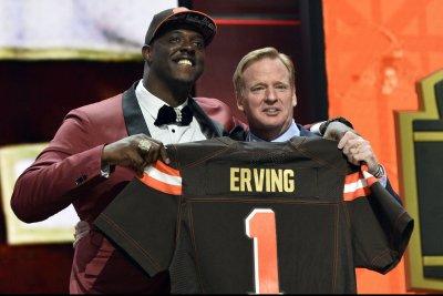 Cleveland Browns C Cameron Erving, Dallas Cowboys DE David Irving fined for skirmish