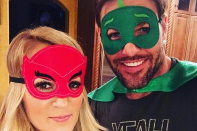 Carrie Underwood and her family enjoy superhero-themed pajama party