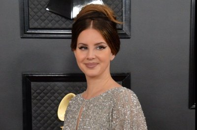 Lana Del Rey covers 'You'll Never Walk Alone' for new film