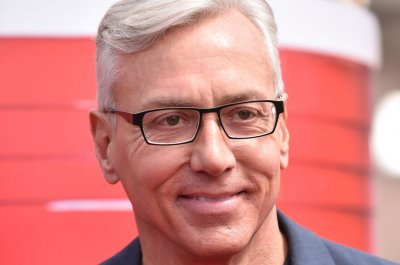Dr. Drew Pinsky 'feeling better' after testing positive for COVID-19