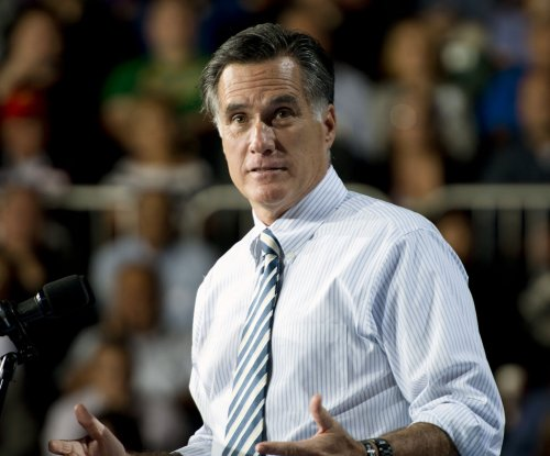 Romney tops Republican field in new poll, edging out Clinton
