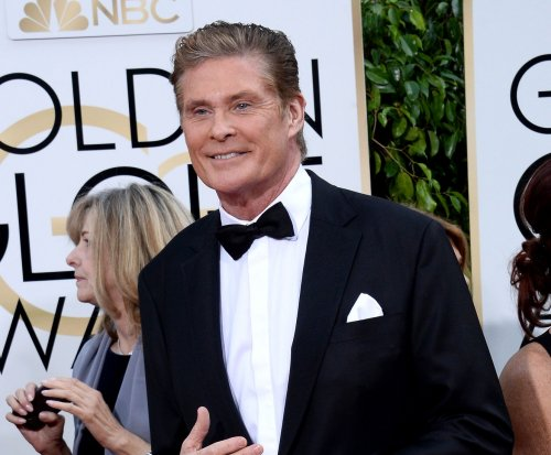 David Hasselhoff joins Dwayne Johnson in 'Baywatch'