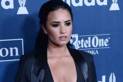 Demi Lovato teases cover to 'I Will Survive'