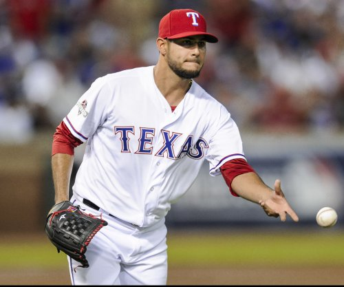 Streaking Texas Rangers roll over Seattle Mariners